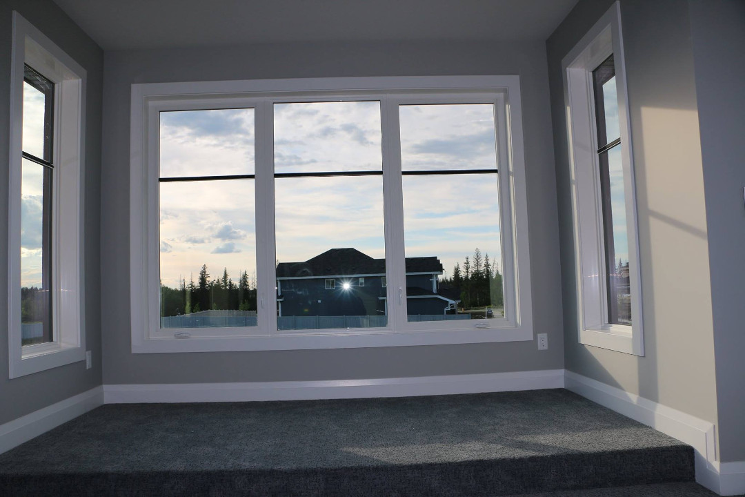 Photo of a clear window.