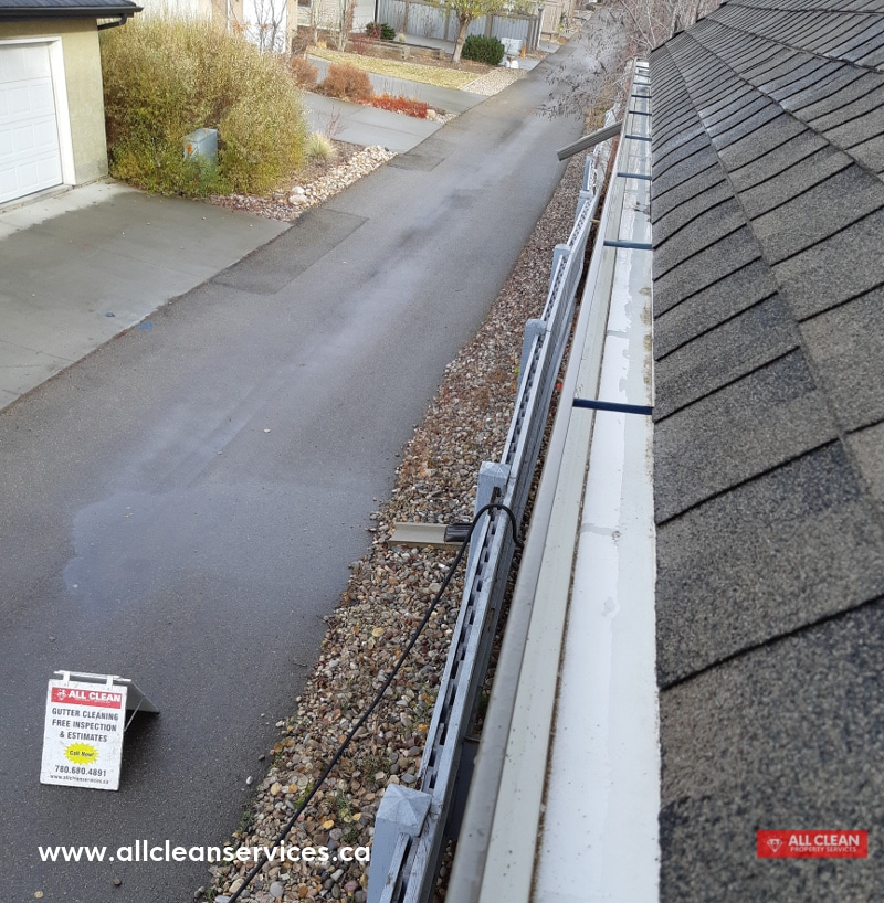 Photo of Shiny Gutter